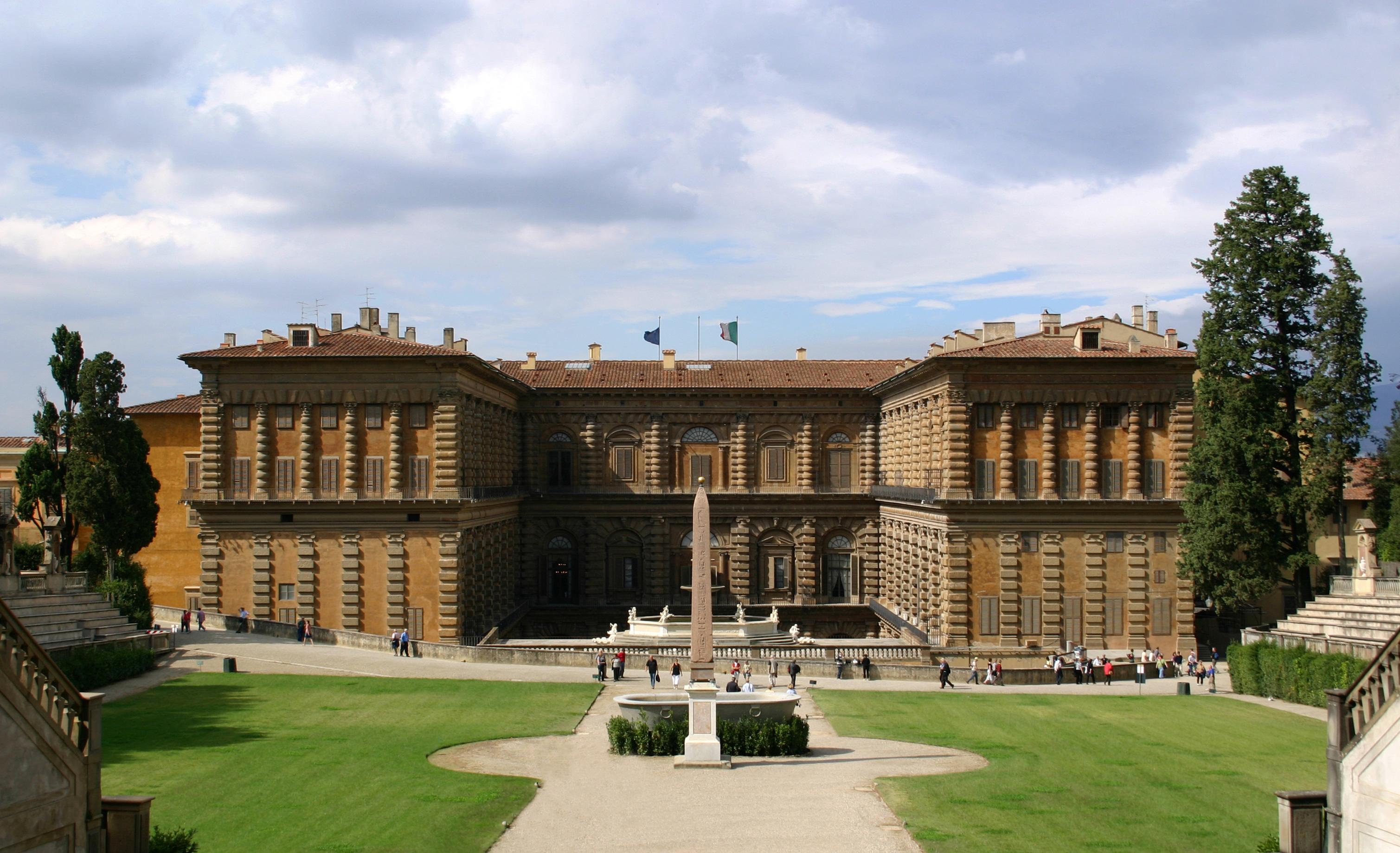 Palazzo_Pitti_Gartenfassade_Florenz