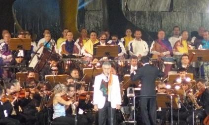 Como foi o Teatro del Silenzio, o show do Andrea Bocelli na sua terra natal