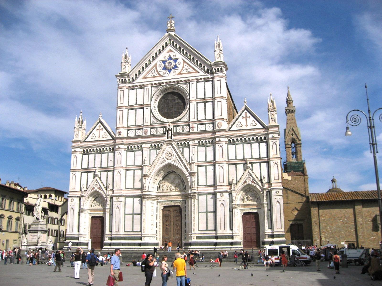 Santa_Croce_exterior_Firenze_Apr_2008
