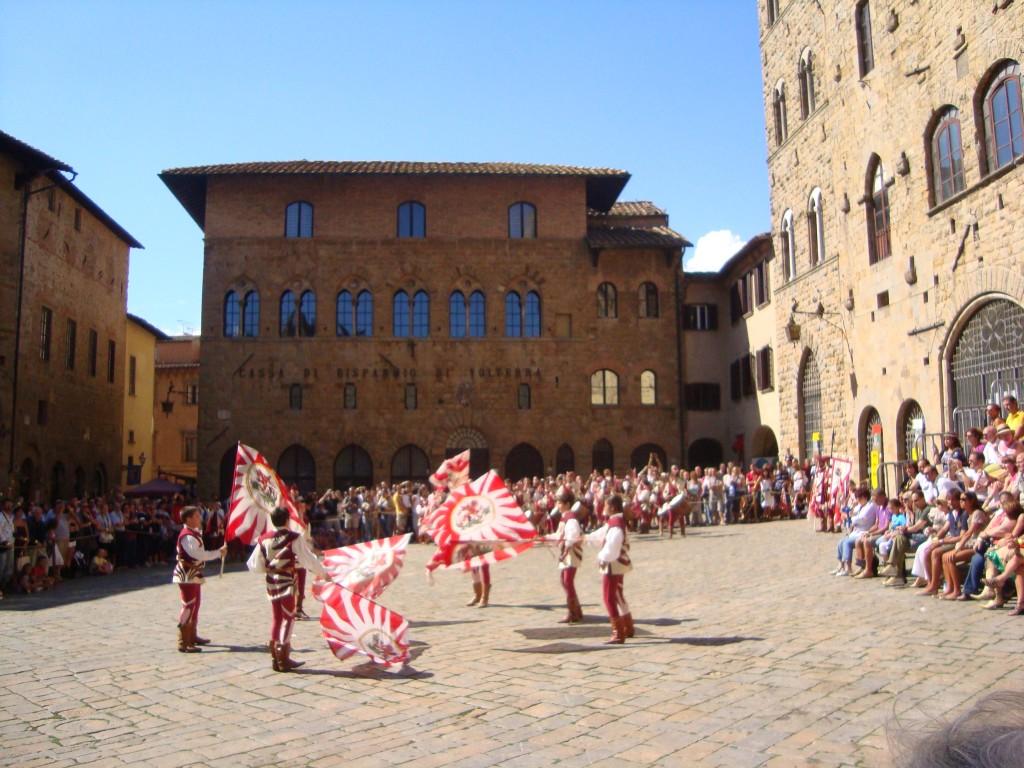 Astiludio em Volterra