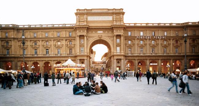 piazza 300x159