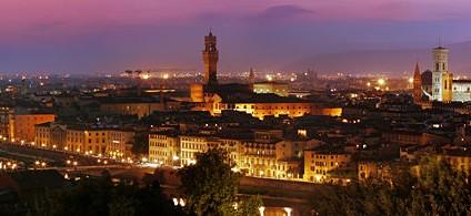 Tour Florença by night