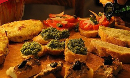 Tour Descobrindo a comida de rua de Florença com guia brasileira
