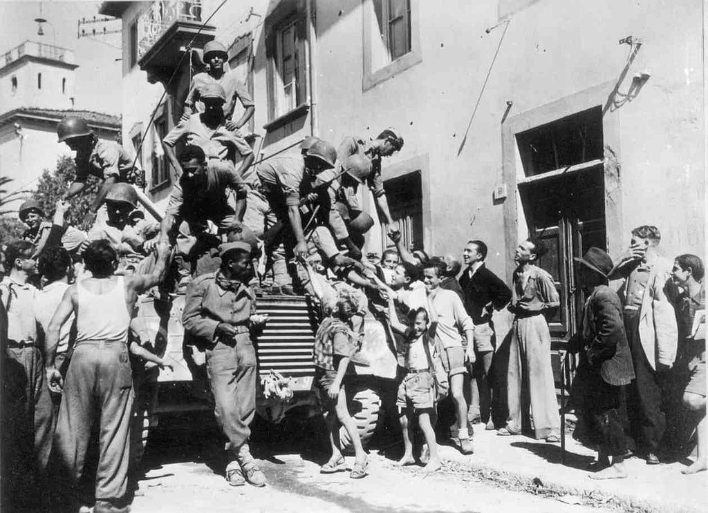 Soldados em Massarosa - Fonte: Wikipeadia Commons