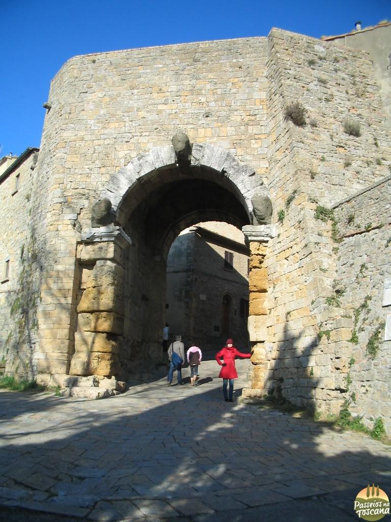Volterra - portal etrusco_resultado