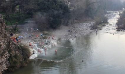 Termas livres: onde fazer banhos termais grátis em meio a natureza na Toscana
