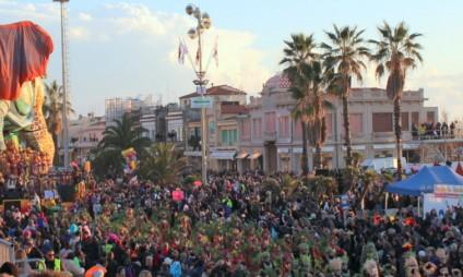 Fotos e Vídeos do 1° desfile do Carnaval de Viareggio 2015