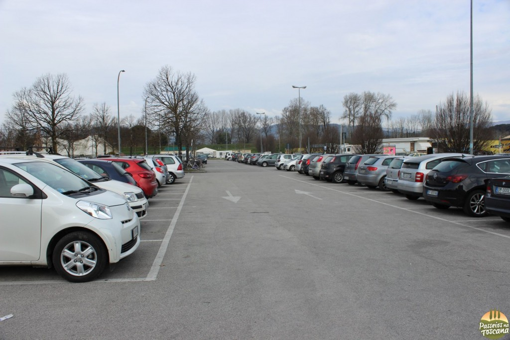 Outro estacionamento gratuito