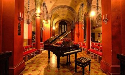 Jantar Típico e Concerto com árias de Opera e Canções Napolitanas
