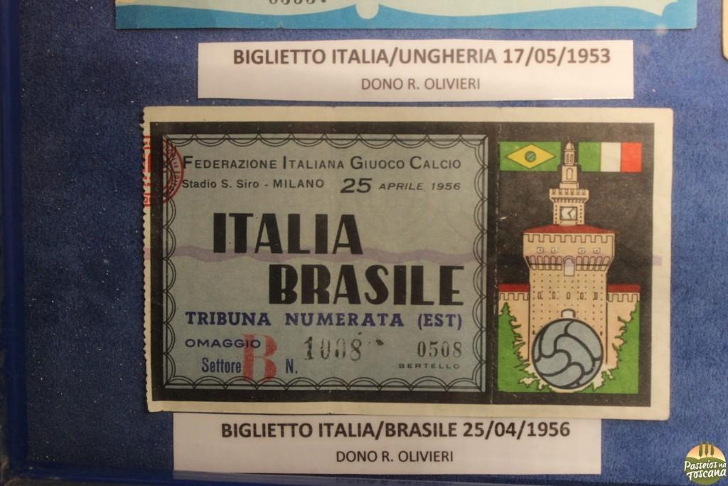 ingresso do jogo ItaliaXBrasil de 1956