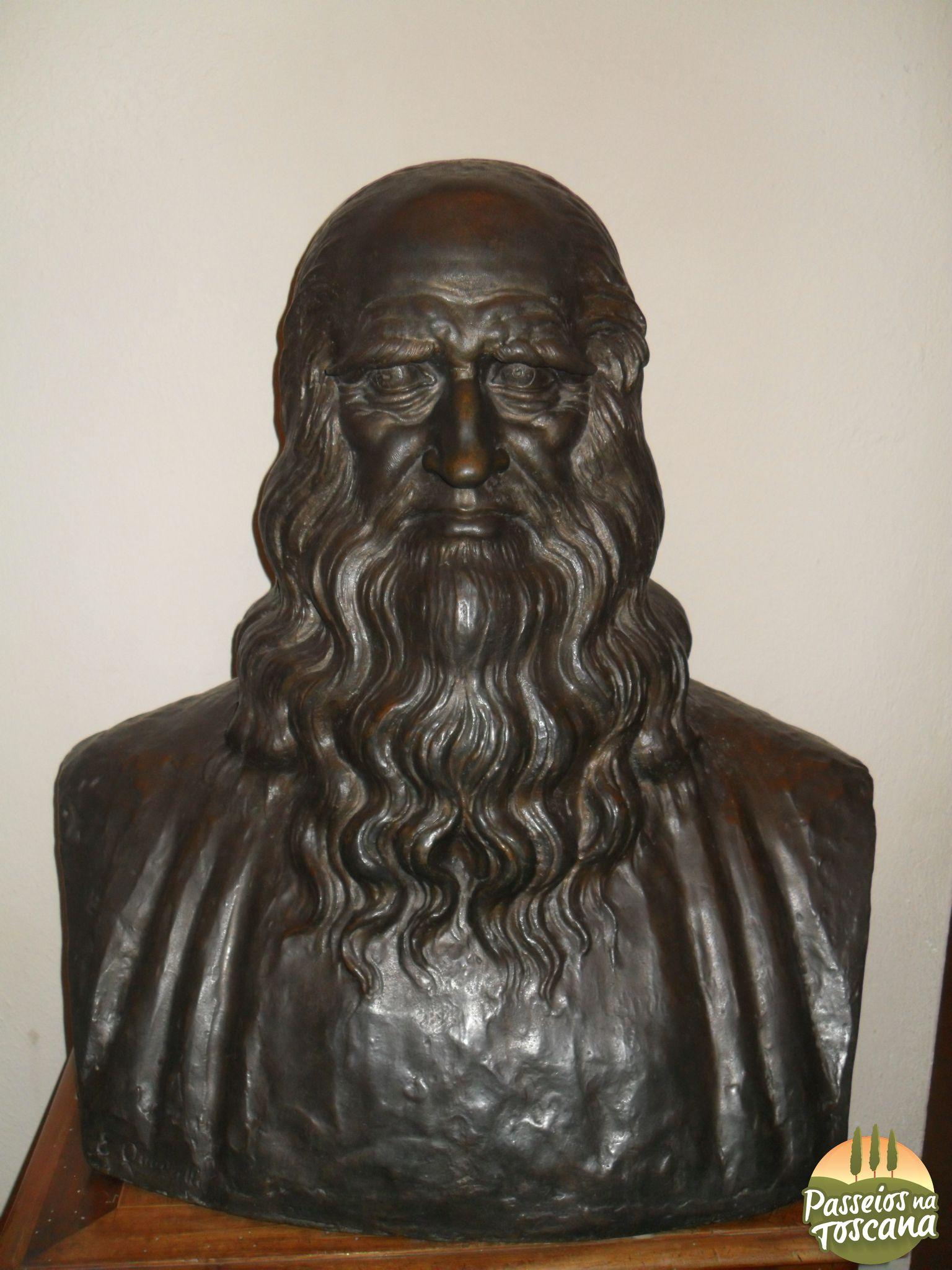 Busto de Leonardo em Bronze