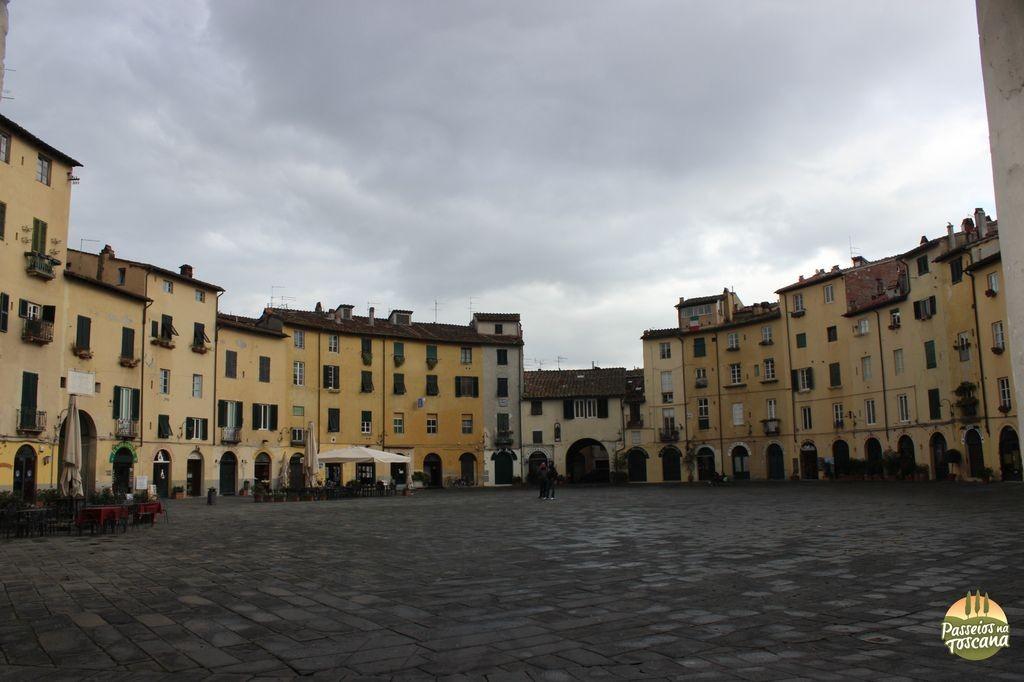 Lucca - anfiteatro_16