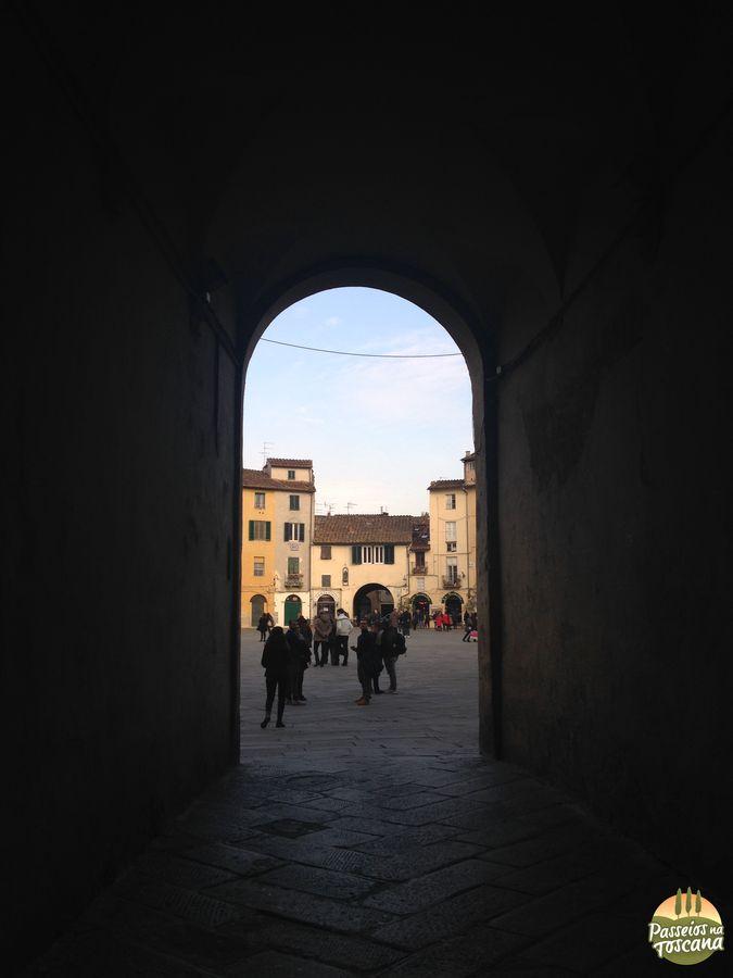 Lucca - anfiteatro_24