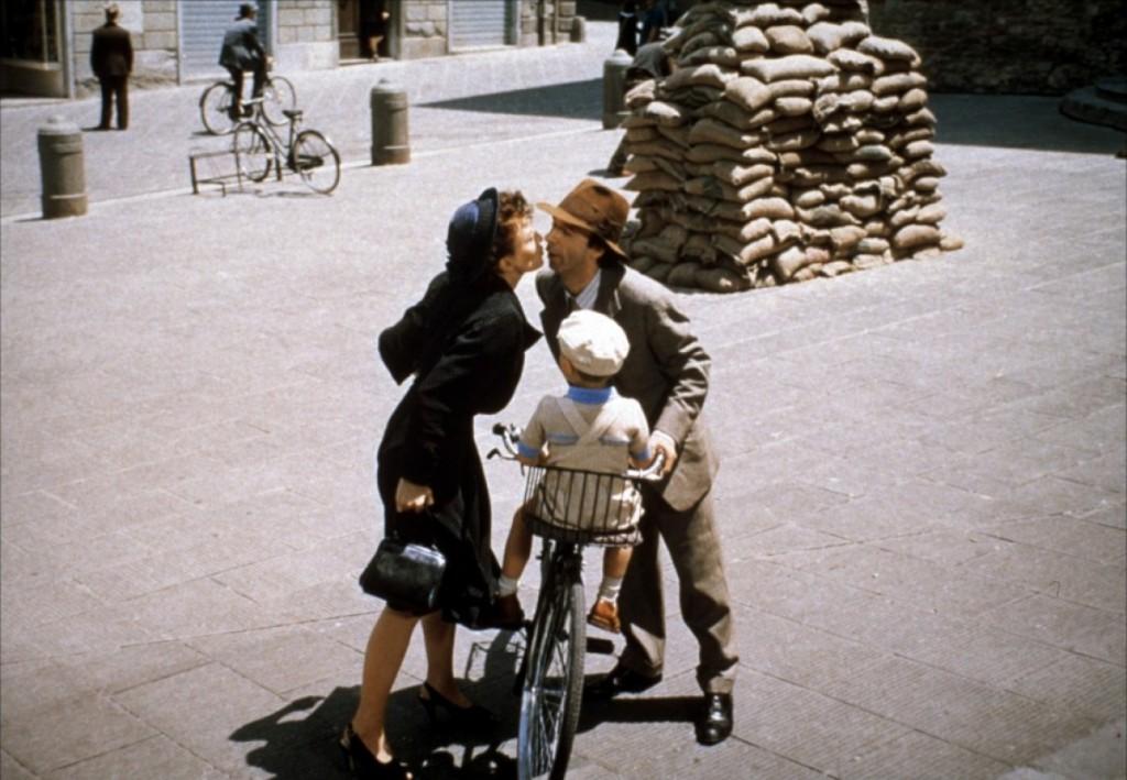 """cena de """"A vida é Bela"""" em Arezzo"""