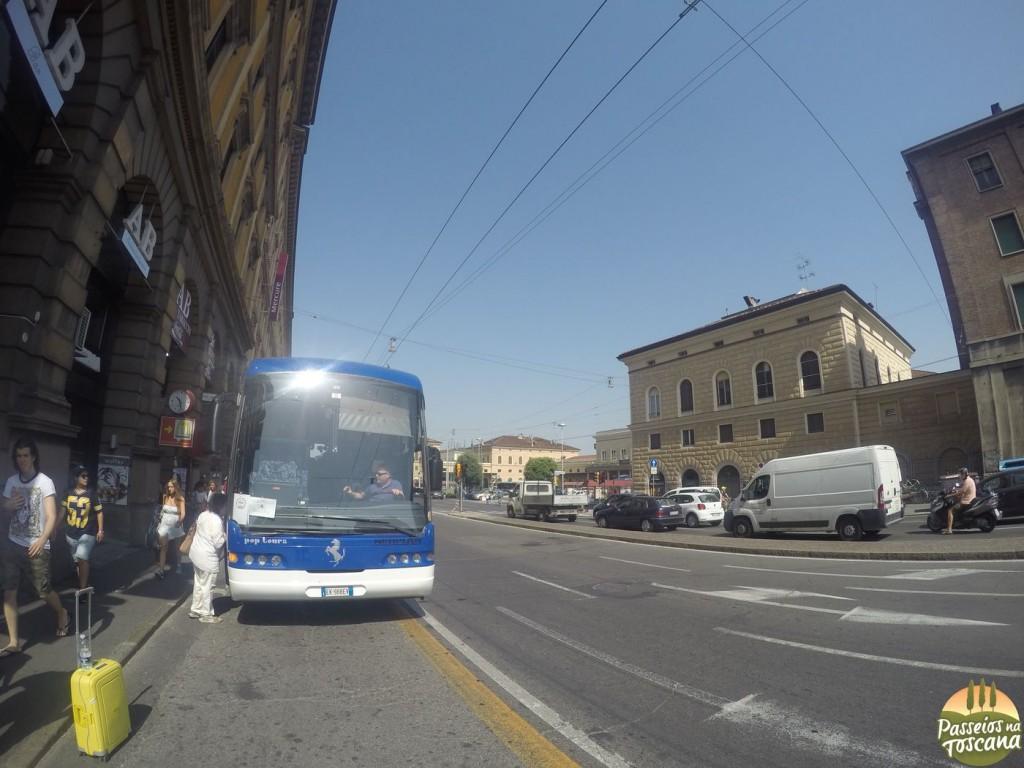 ônibus de Bolonha a Maranello