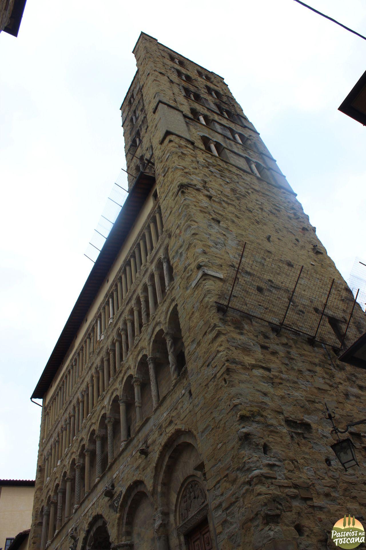Arezzo 115 683x1024