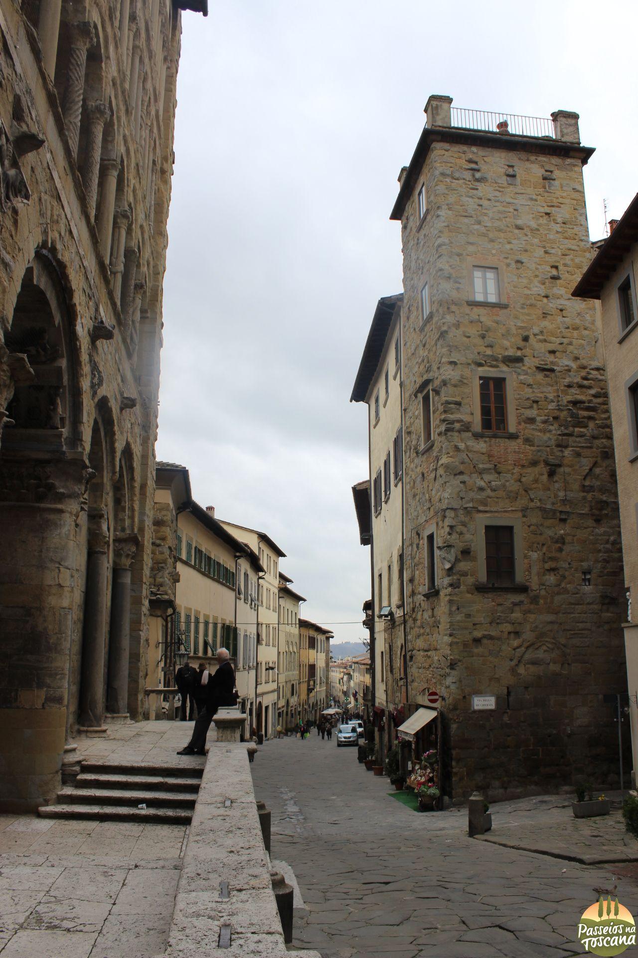 Arezzo 116 683x1024