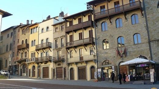 Arezzo 32 1024x680 520x293
