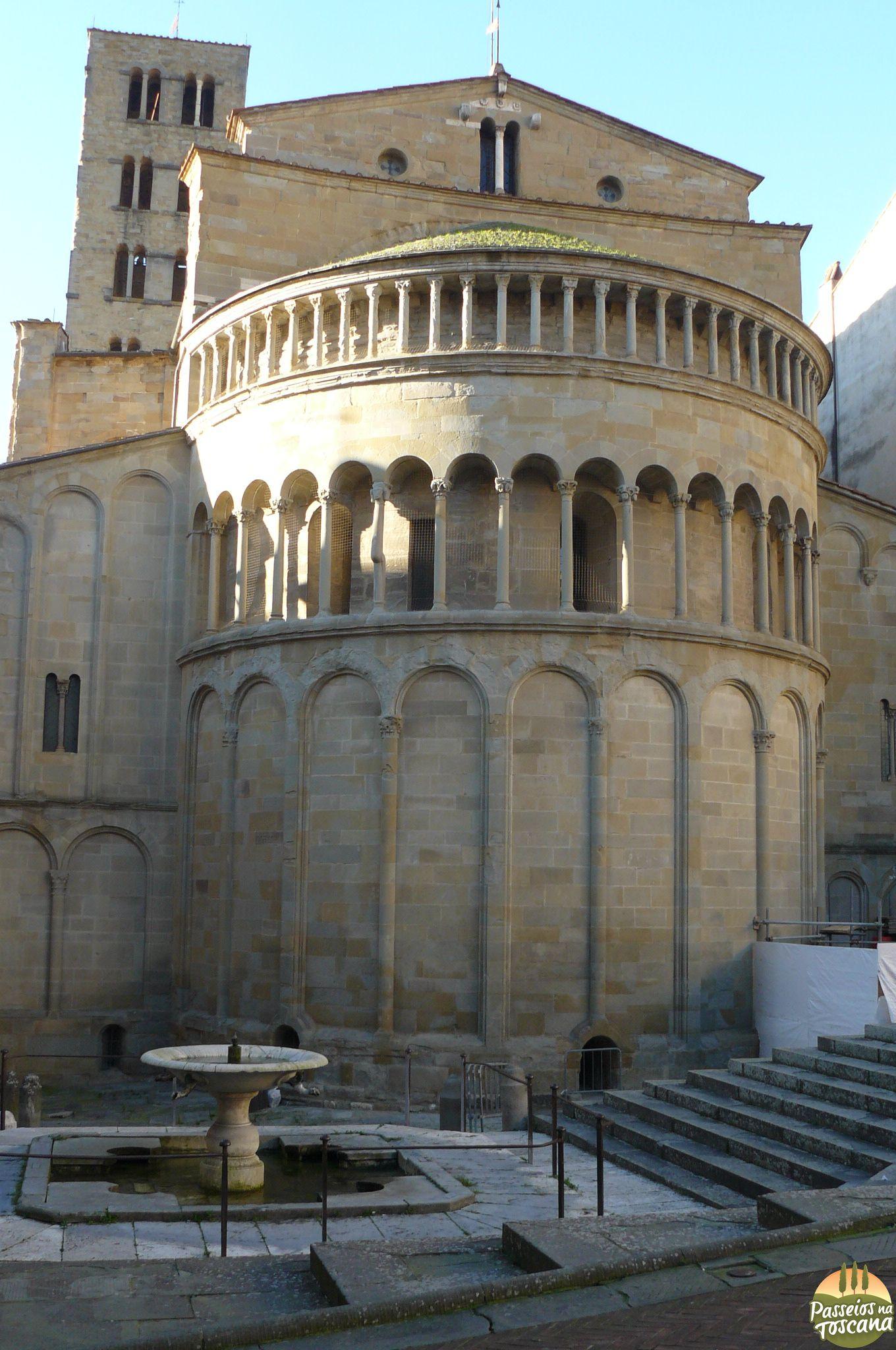 Arezzo 36 680x1024