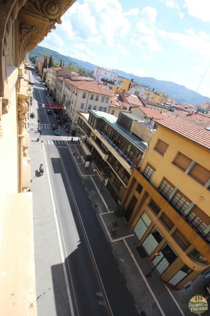 a rua do hotel, vista da janela do meu quarto