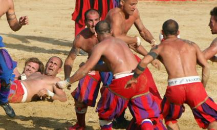 Calcio Storico Fiorentino, o futebol medieval de Florença – programa 2017