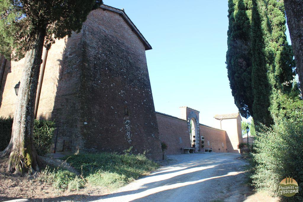 castello di leonina crete hotel 34 300x200