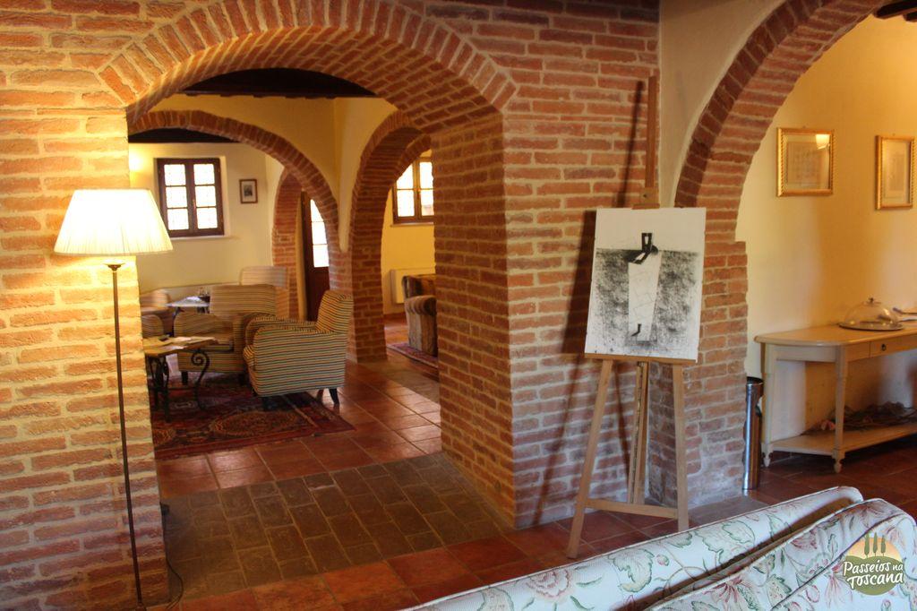 castello di leonina crete hotel 38 300x200