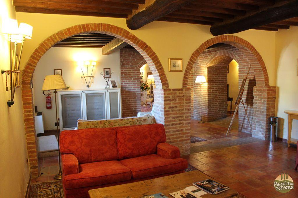 castello di leonina crete hotel 39 300x200