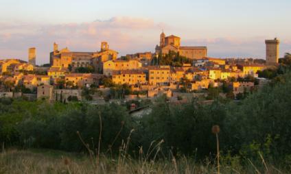 Lucignano, a cidade da árvore do amor
