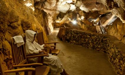 Grotta Giusti, spa termal em uma gruta na Toscana