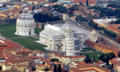 Saiba tudo sobre a Piazza dei Miracoli de Pisa e seus monumentos