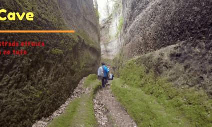 Le Vie Cave: trekking nas estradas etruscas escavadas no tufo